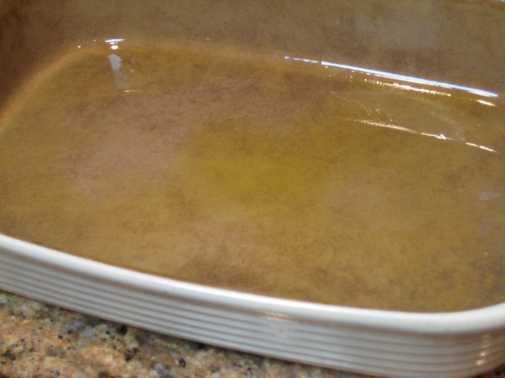 Baste the bottom of the casserole dish with 2 teaspoons olive oil.