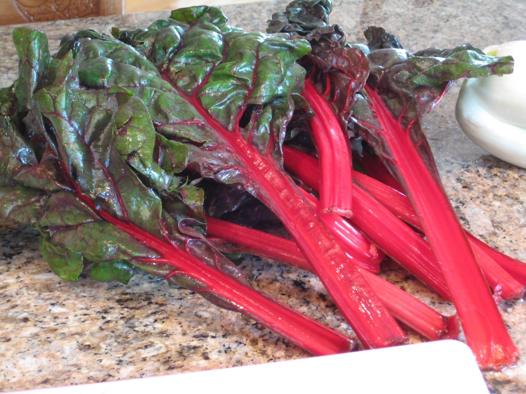 I like the red Swiss chard, but green/white will work perfectly fine.